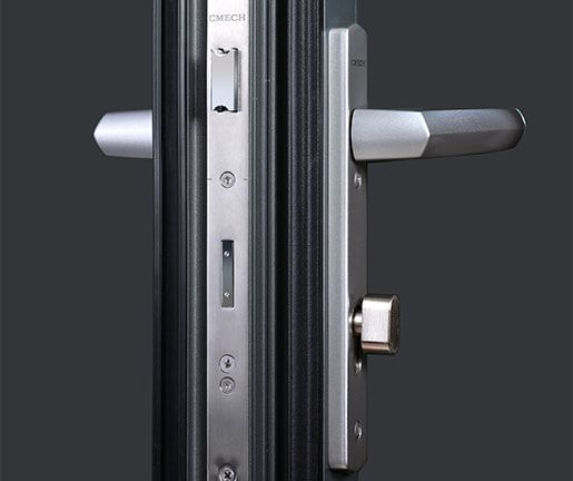 The Bi-Folding Door System has a lifespan of over 30,000 operations, far exceeding most international standards in the door hardware industry.